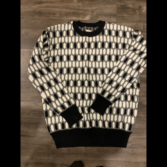 Wilfred /Aritzia sweater